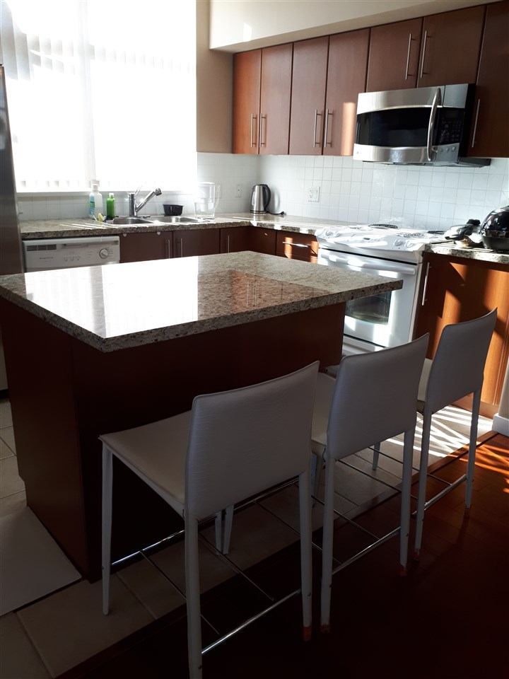 Townhouse at TH16 2089 ROSSER AVENUE, Unit TH16, Burnaby North, British Columbia. Image 3