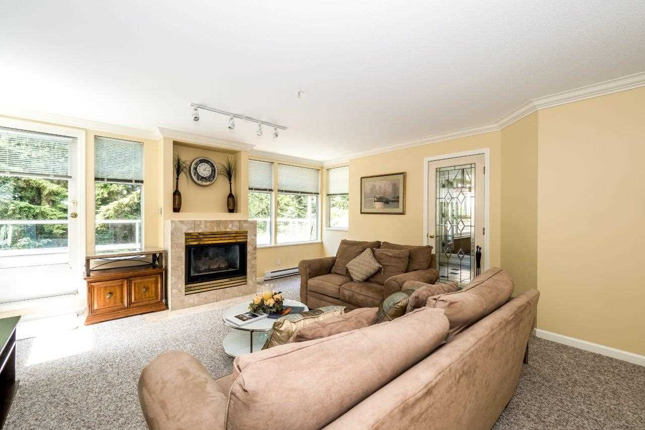 Condo Apartment at 5 2425 EDGEMONT BOULEVARD, Unit 5, North Vancouver, British Columbia. Image 6