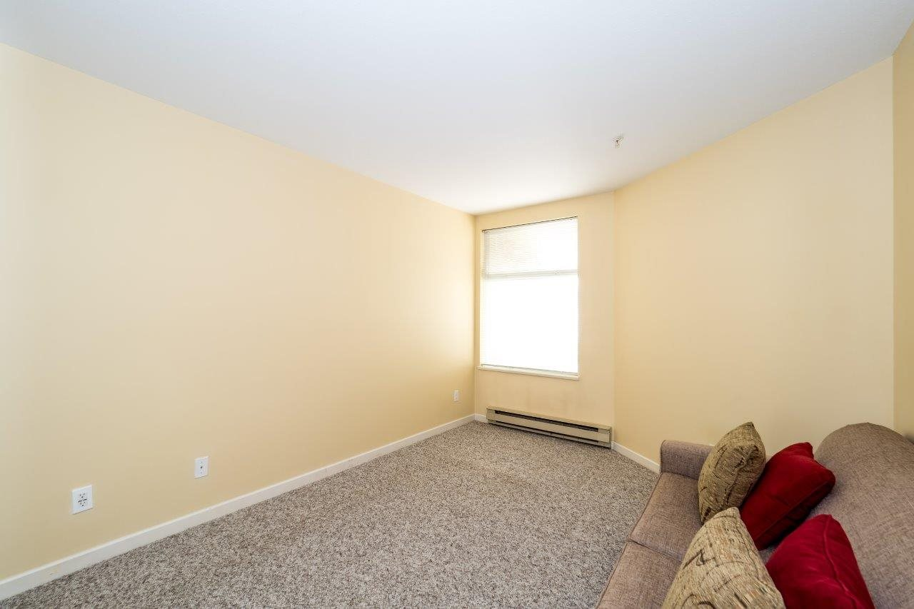 Condo Apartment at 5 2425 EDGEMONT BOULEVARD, Unit 5, North Vancouver, British Columbia. Image 14