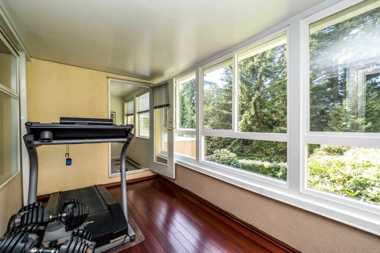 Condo Apartment at 5 2425 EDGEMONT BOULEVARD, Unit 5, North Vancouver, British Columbia. Image 17