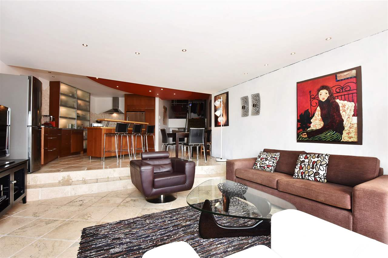 Condo Apartment at 11 1201 LAMEY'S MILL ROAD, Unit 11, Vancouver West, British Columbia. Image 3