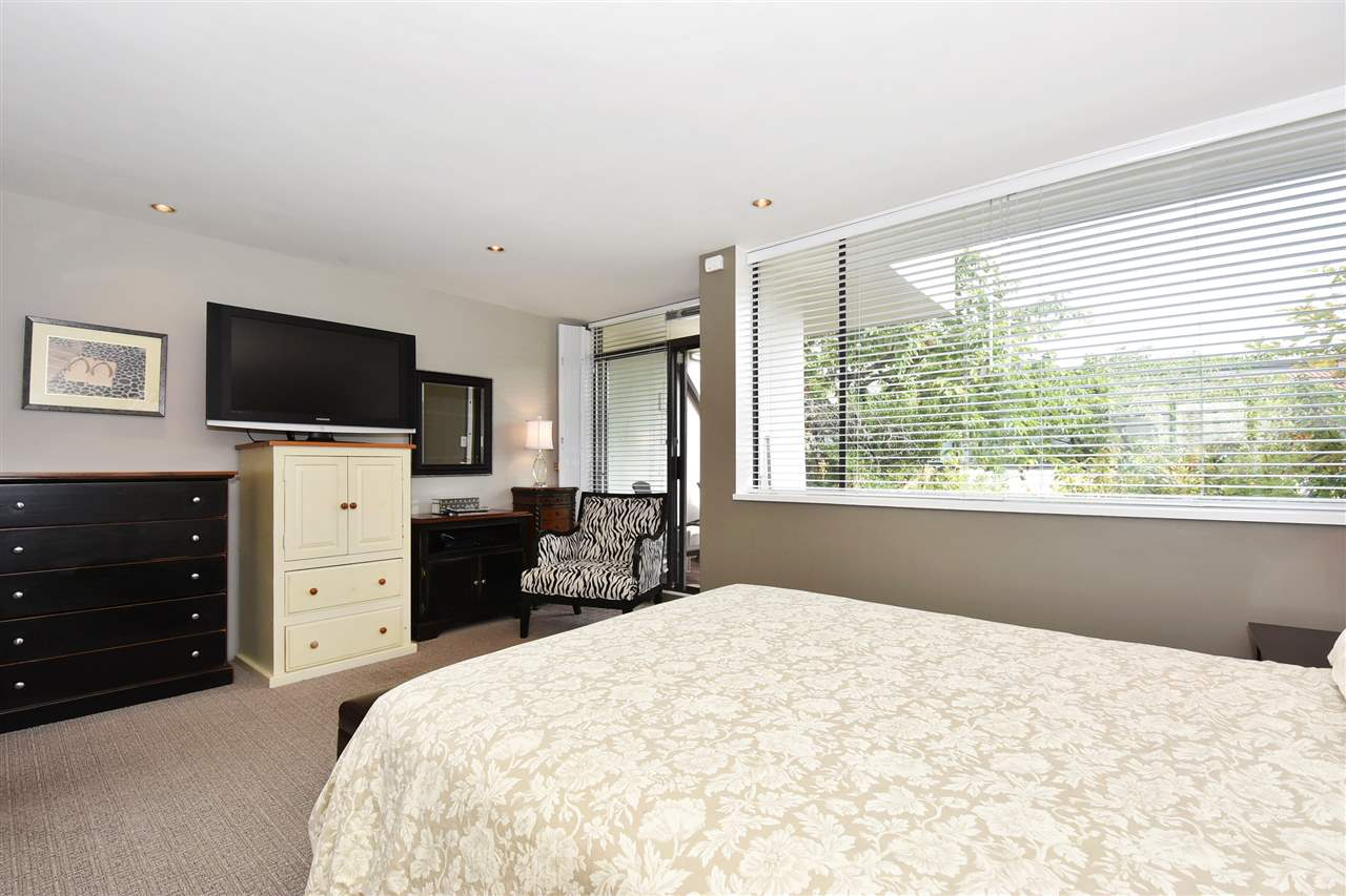 Condo Apartment at 11 1201 LAMEY'S MILL ROAD, Unit 11, Vancouver West, British Columbia. Image 11