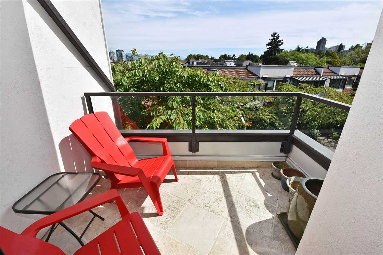 Condo Apartment at 11 1201 LAMEY'S MILL ROAD, Unit 11, Vancouver West, British Columbia. Image 17
