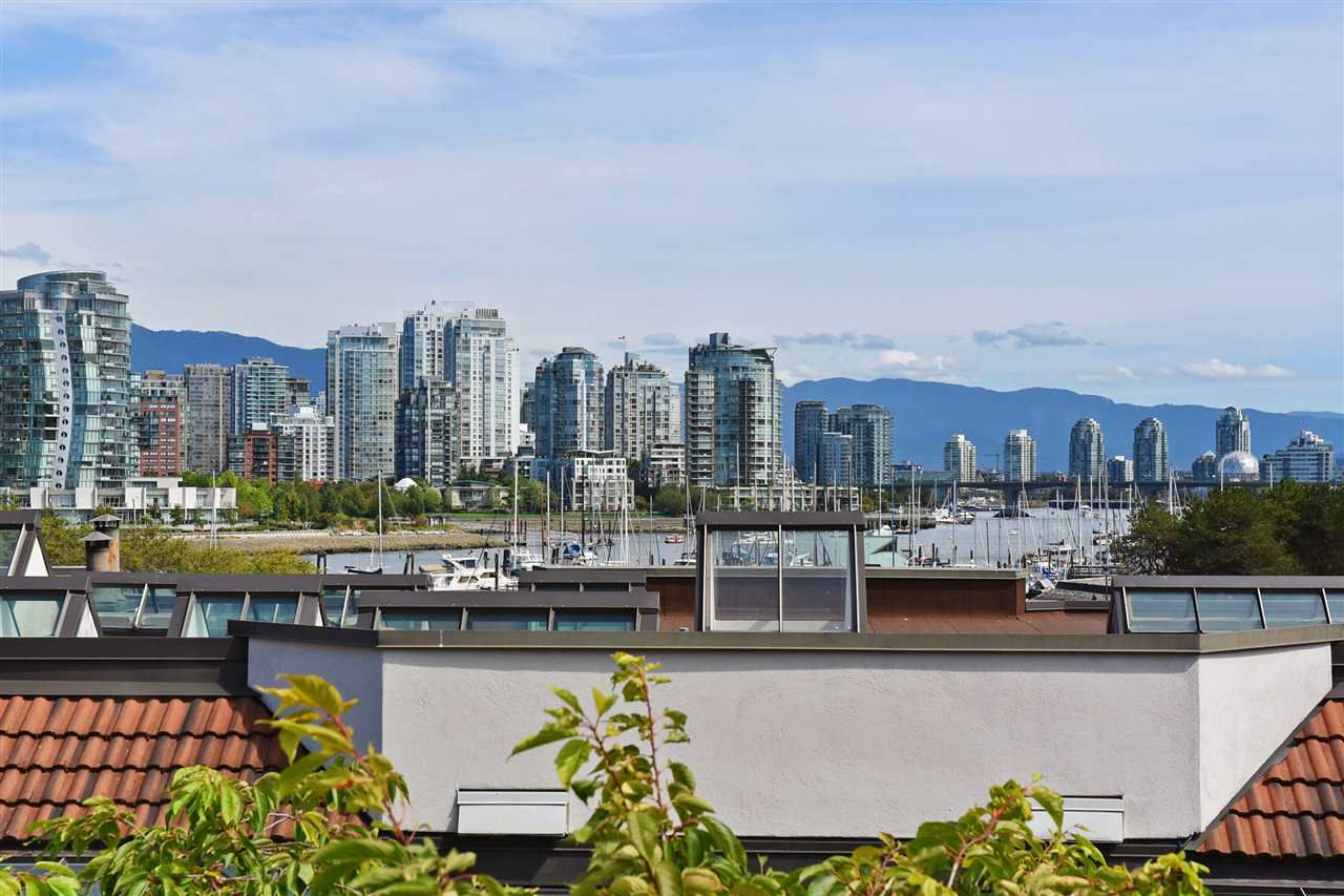 Condo Apartment at 11 1201 LAMEY'S MILL ROAD, Unit 11, Vancouver West, British Columbia. Image 18