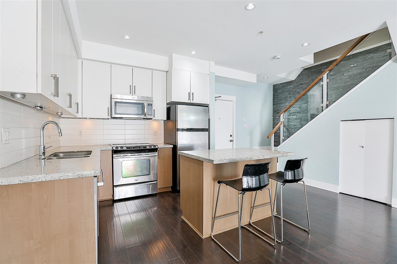 Townhouse at 116 85 EIGHTH AVENUE, Unit 116, New Westminster, British Columbia. Image 4