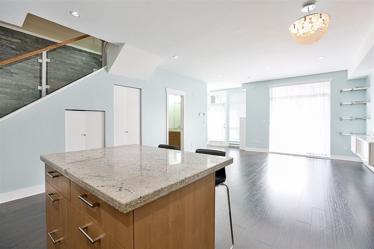 Townhouse at 116 85 EIGHTH AVENUE, Unit 116, New Westminster, British Columbia. Image 6