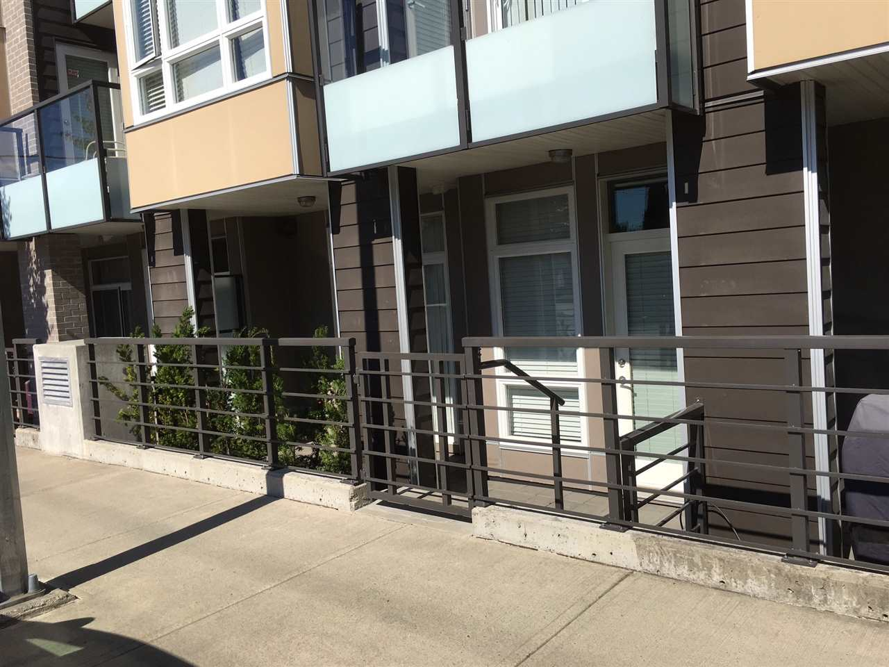Townhouse at 116 85 EIGHTH AVENUE, Unit 116, New Westminster, British Columbia. Image 19