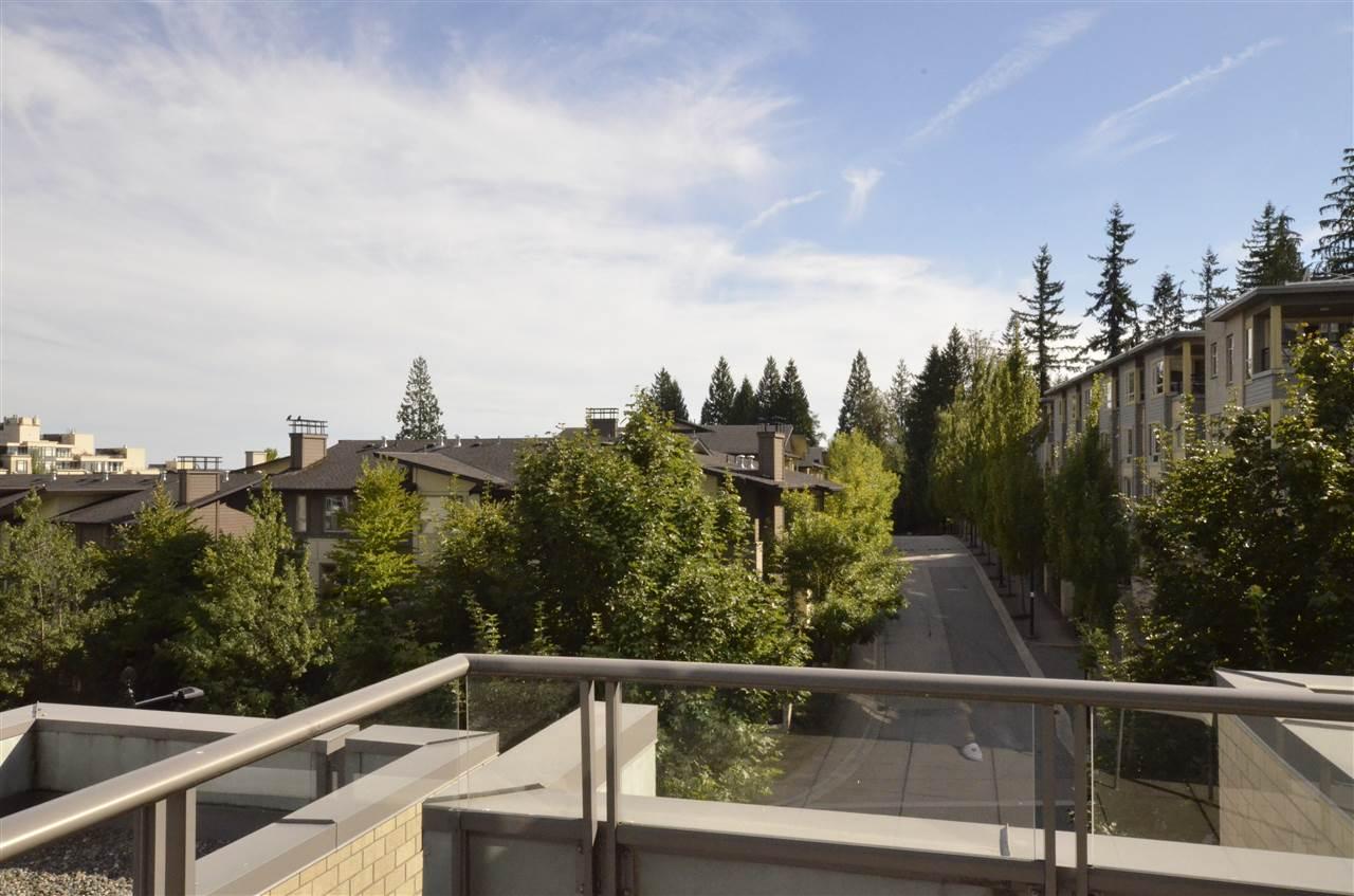 Condo Apartment at 306 9222 UNIVERSITY CRESCENT, Unit 306, Burnaby North, British Columbia. Image 10