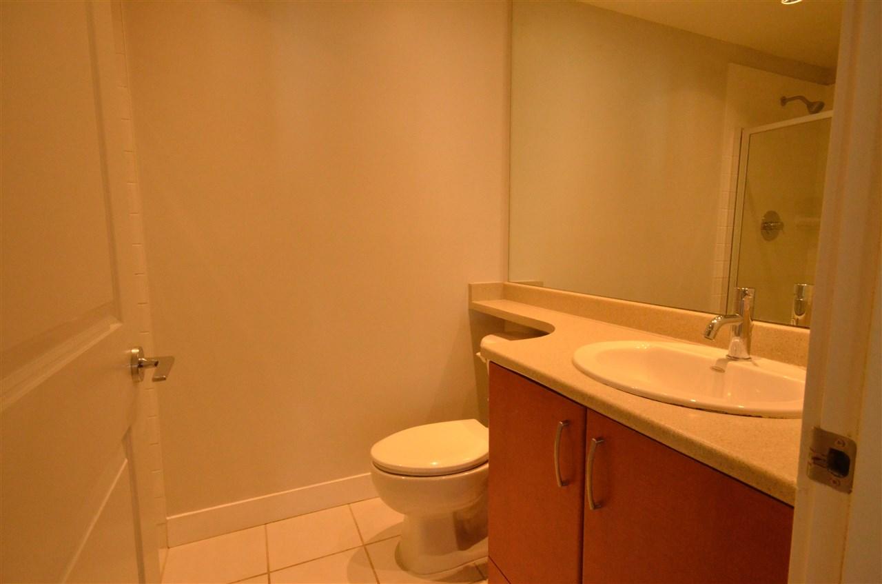 Condo Apartment at 306 9222 UNIVERSITY CRESCENT, Unit 306, Burnaby North, British Columbia. Image 12
