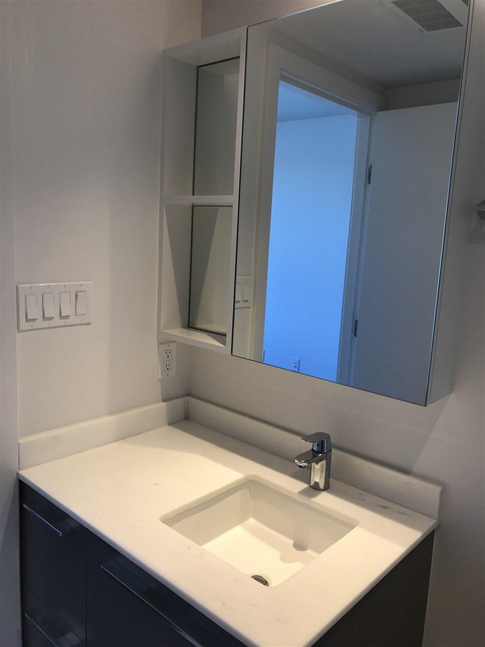 Condo Apartment at 1504 8131 NUNAVUT LANE, Unit 1504, Vancouver West, British Columbia. Image 8