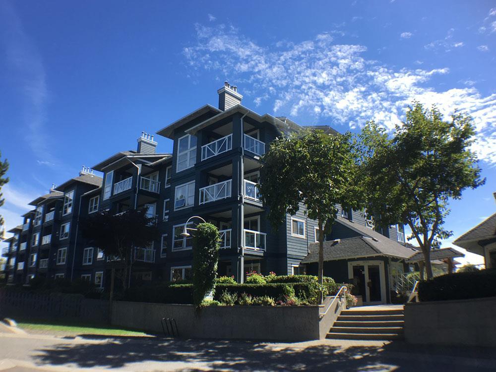 Condo Apartment at 320 12931 RAILWAY AVENUE, Unit 320, Richmond, British Columbia. Image 1