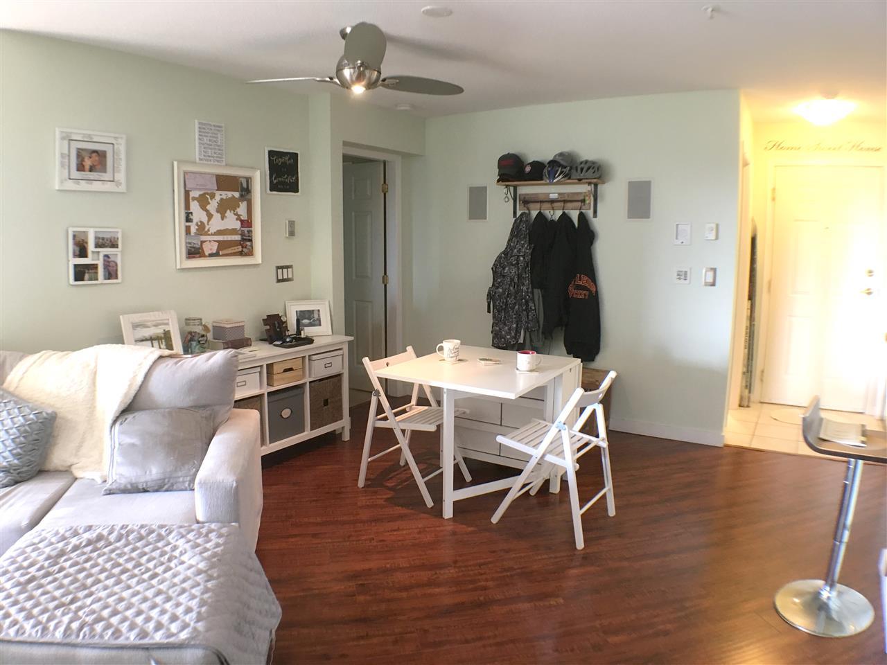 Condo Apartment at 320 12931 RAILWAY AVENUE, Unit 320, Richmond, British Columbia. Image 3