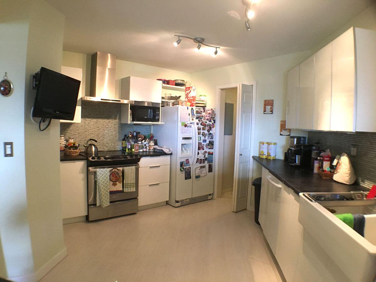 Condo Apartment at 320 12931 RAILWAY AVENUE, Unit 320, Richmond, British Columbia. Image 6