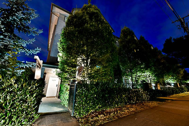 Townhouse at 5628 WESSEX STREET, Vancouver East, British Columbia. Image 2