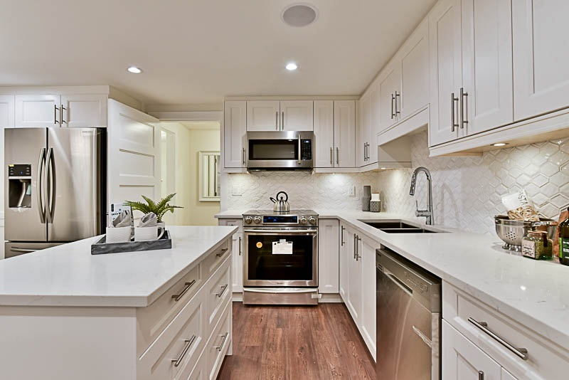 Townhouse at 5628 WESSEX STREET, Vancouver East, British Columbia. Image 3