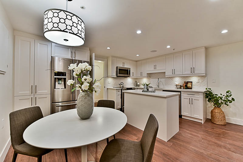 Townhouse at 5628 WESSEX STREET, Vancouver East, British Columbia. Image 4
