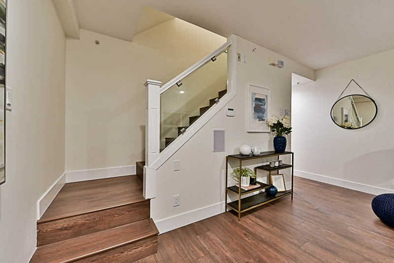 Townhouse at 5628 WESSEX STREET, Vancouver East, British Columbia. Image 7
