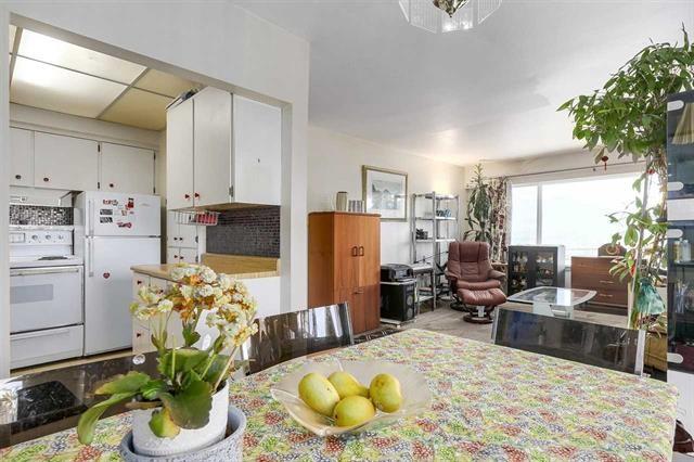 Condo Apartment at 204 550 N ESMOND AVENUE, Unit 204, Burnaby North, British Columbia. Image 7