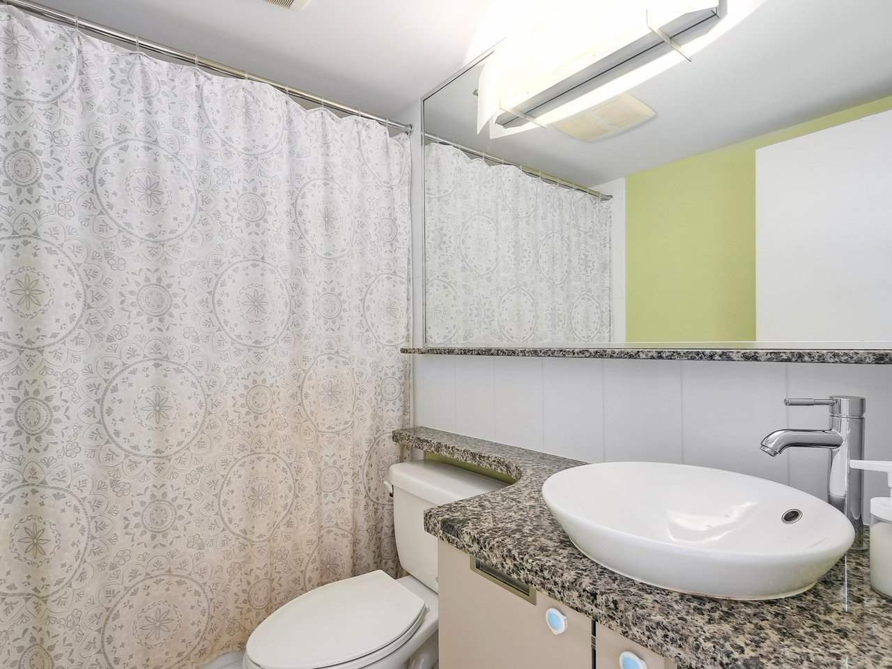 Condo Apartment at 808 1082 SEYMOUR STREET, Unit 808, Vancouver West, British Columbia. Image 13