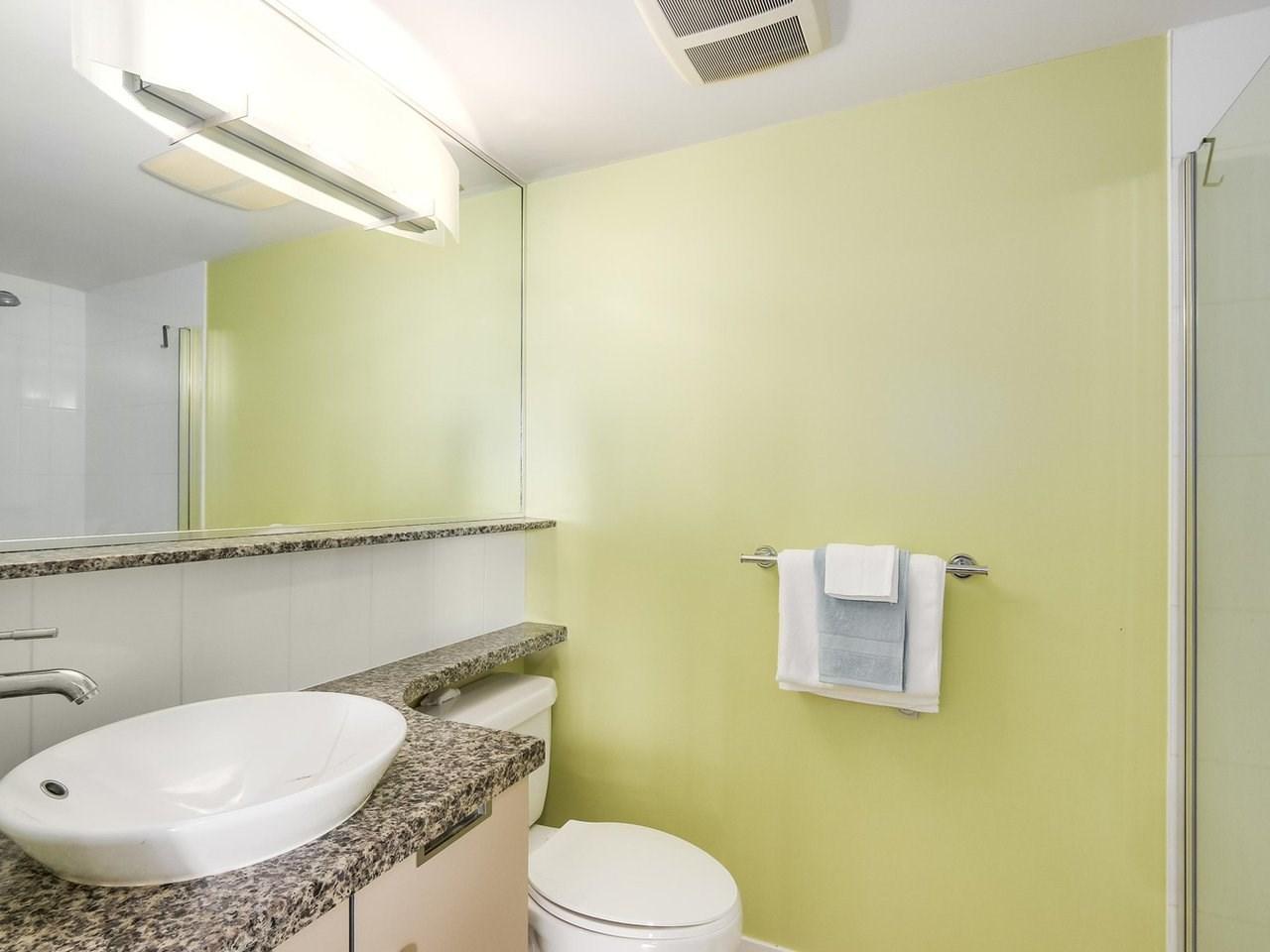 Condo Apartment at 808 1082 SEYMOUR STREET, Unit 808, Vancouver West, British Columbia. Image 15