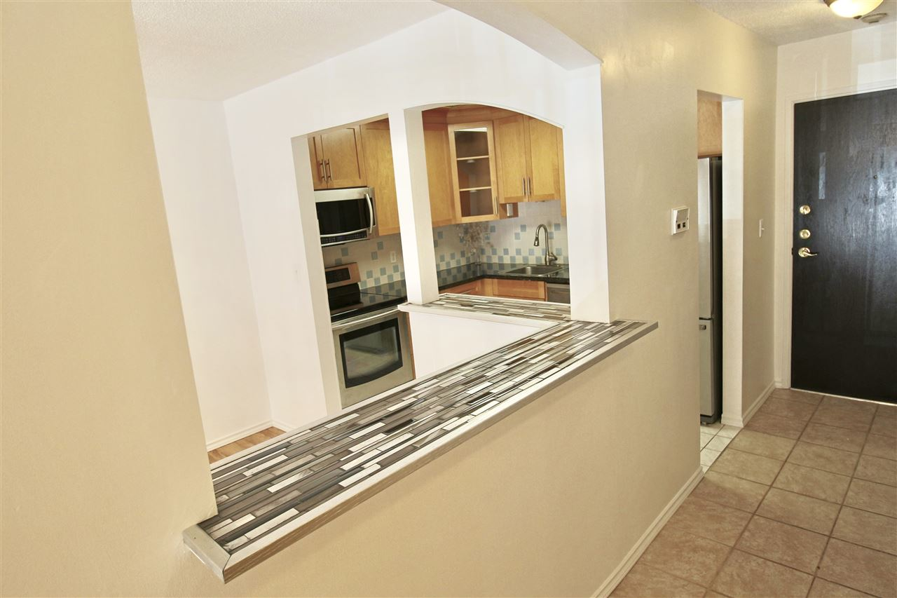 Condo Apartment at 203 3001 ST GEORGE STREET, Unit 203, Port Moody, British Columbia. Image 7