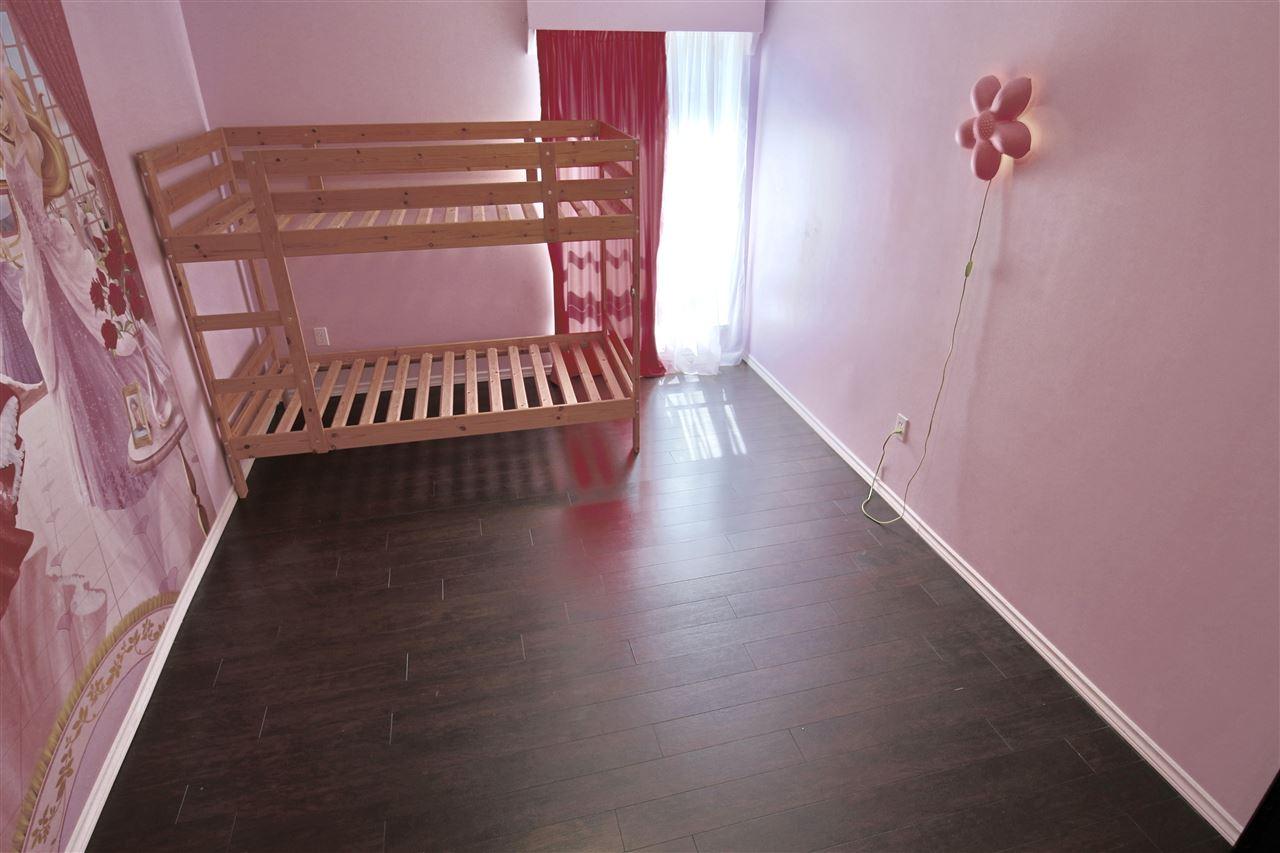 Condo Apartment at 203 3001 ST GEORGE STREET, Unit 203, Port Moody, British Columbia. Image 15