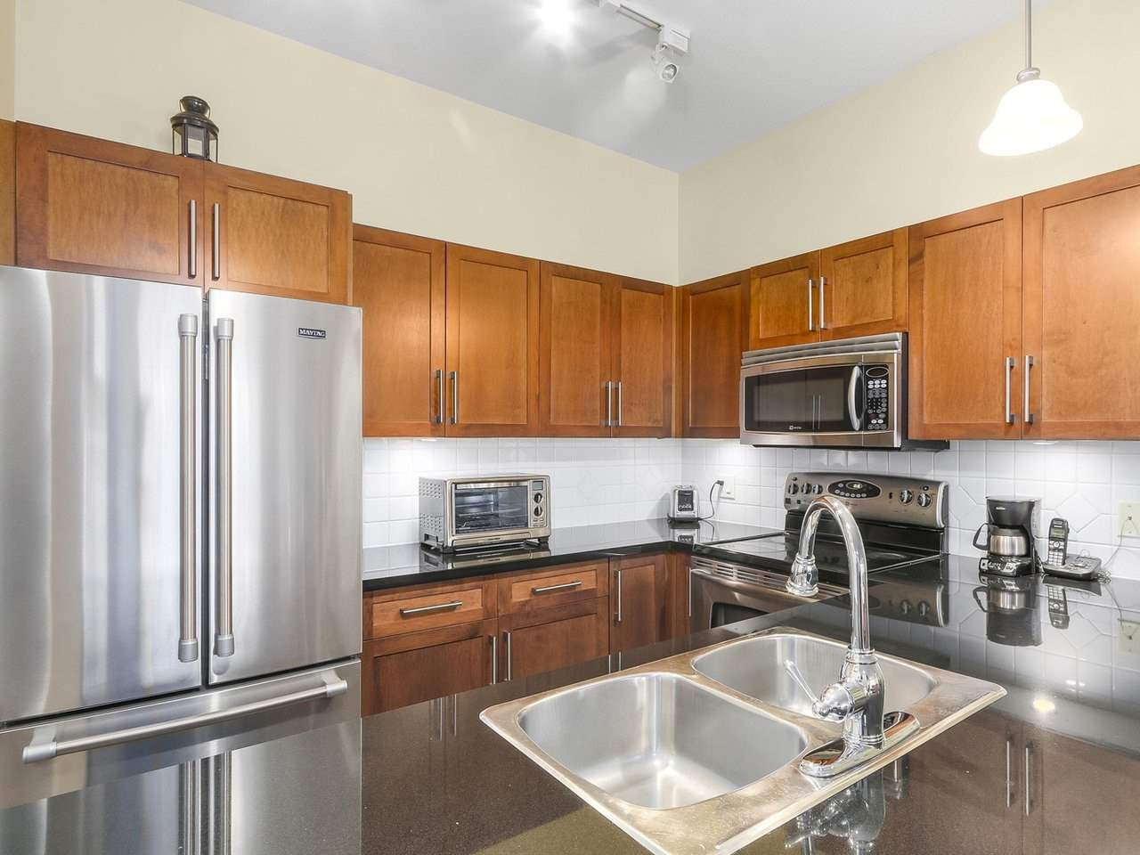Condo Apartment at 101 2353 MARPOLE AVENUE, Unit 101, Port Coquitlam, British Columbia. Image 7
