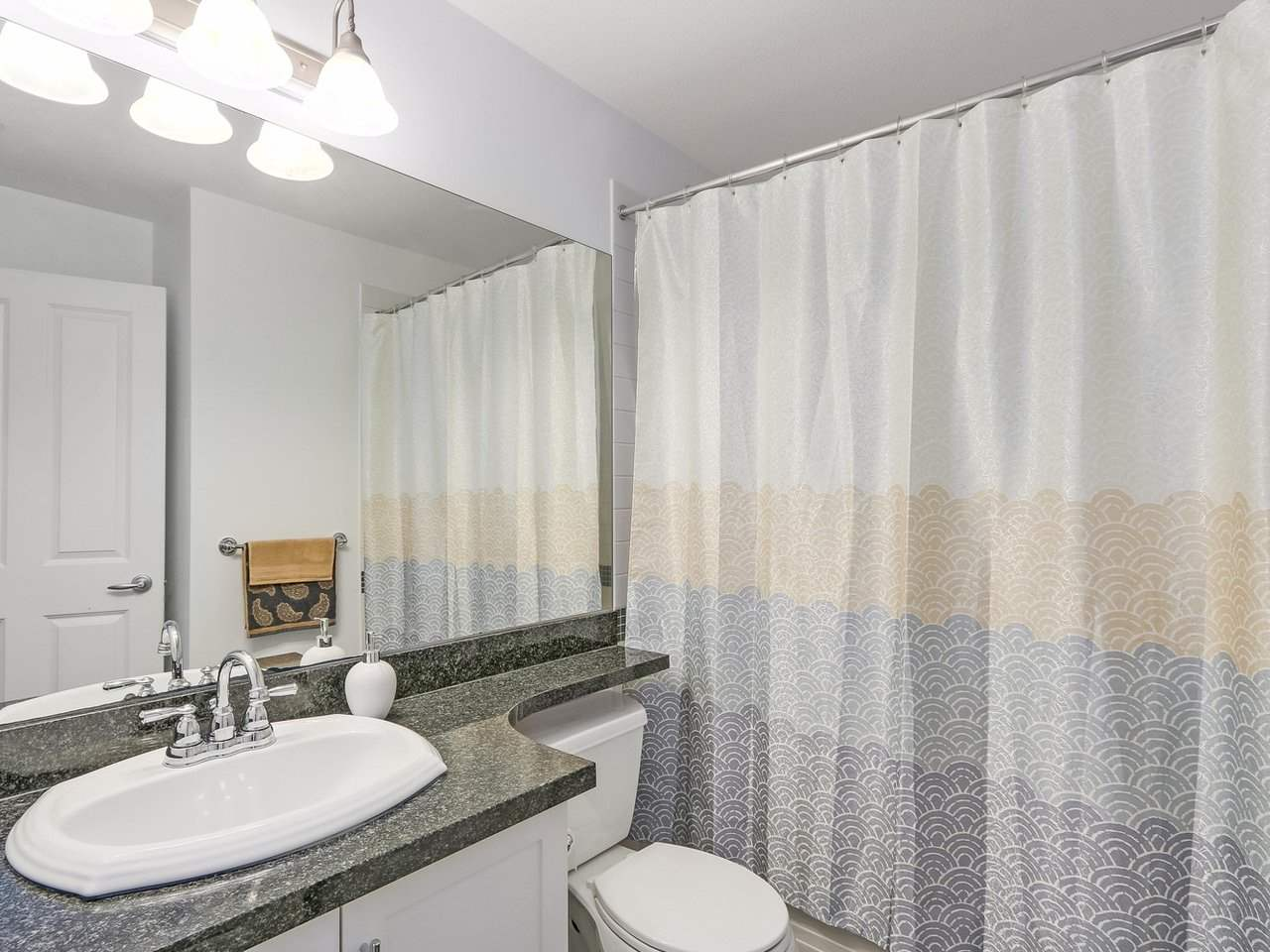 Condo Apartment at 101 2353 MARPOLE AVENUE, Unit 101, Port Coquitlam, British Columbia. Image 13