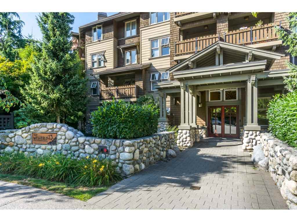 Condo Apartment at 309 15 SMOKEY SMITH PLACE, Unit 309, New Westminster, British Columbia. Image 2