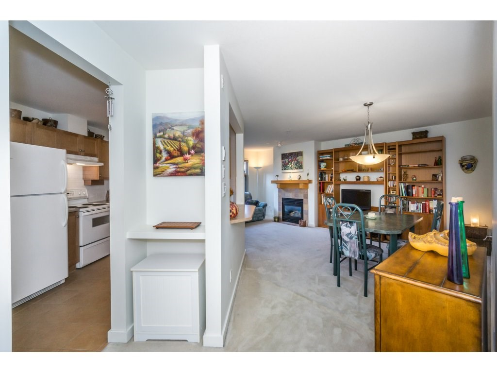Condo Apartment at 309 15 SMOKEY SMITH PLACE, Unit 309, New Westminster, British Columbia. Image 13