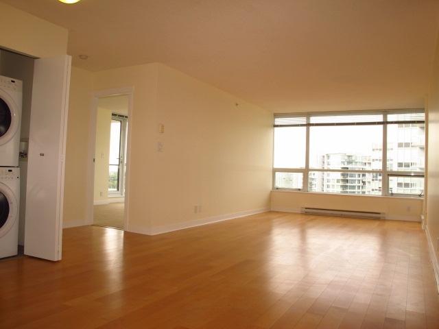 Condo Apartment at 1501 7555 ALDERBRIDGE WAY, Unit 1501, Richmond, British Columbia. Image 4