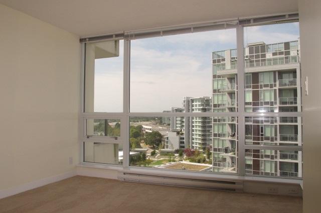 Condo Apartment at 1501 7555 ALDERBRIDGE WAY, Unit 1501, Richmond, British Columbia. Image 6