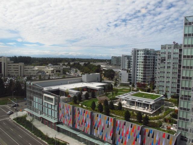 Condo Apartment at 1501 7555 ALDERBRIDGE WAY, Unit 1501, Richmond, British Columbia. Image 9