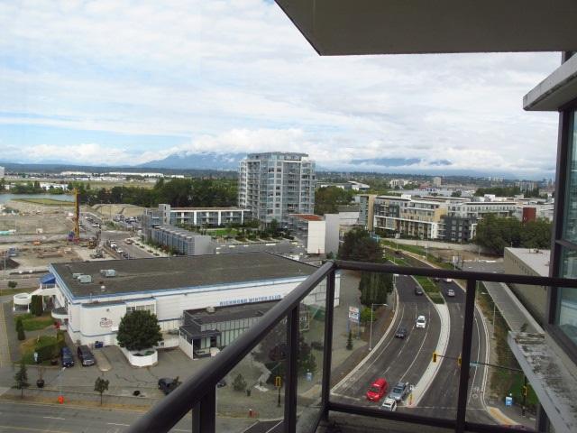 Condo Apartment at 1501 7555 ALDERBRIDGE WAY, Unit 1501, Richmond, British Columbia. Image 10