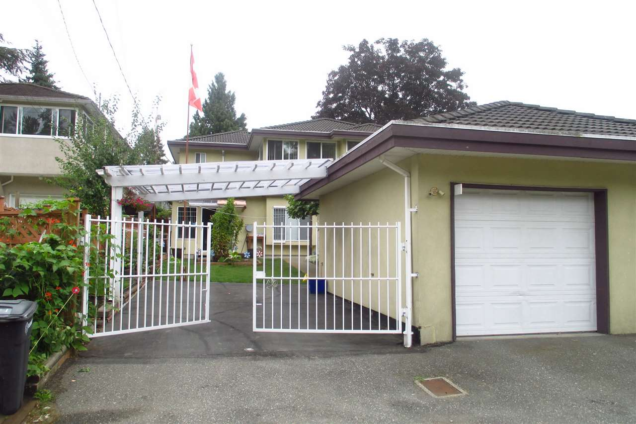 Half-duplex at 7499 IMPERIAL STREET, Burnaby South, British Columbia. Image 3
