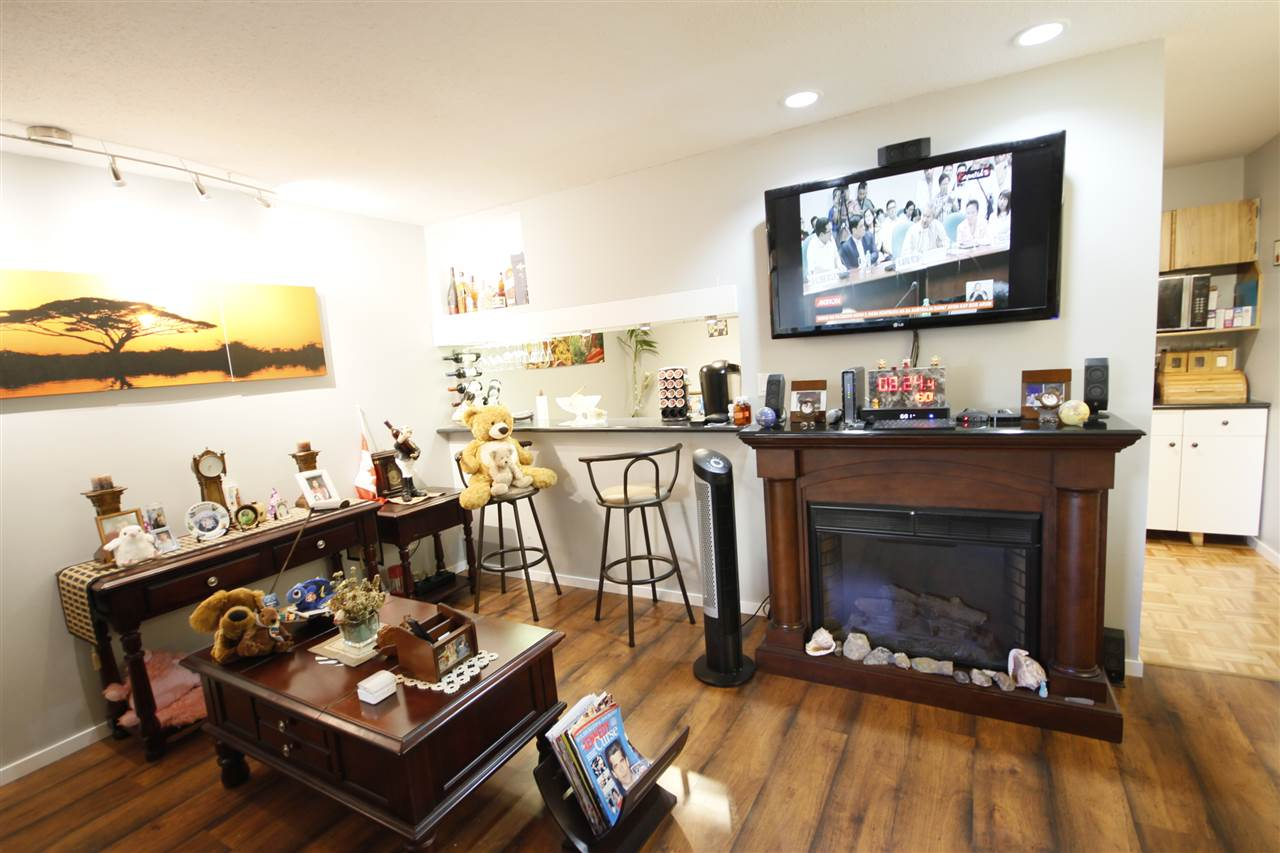 Condo Apartment at 112 8651 WESTMINSTER HIGHWAY, Unit 112, Richmond, British Columbia. Image 4