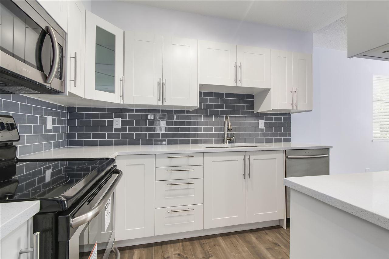 Condo Apartment at 320 10530 154 STREET, Unit 320, North Surrey, British Columbia. Image 2