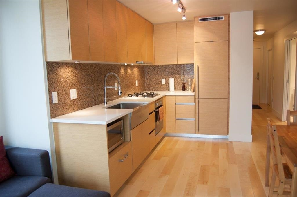 Condo Apartment at 608 565 SMITHE STREET, Unit 608, Vancouver West, British Columbia. Image 1