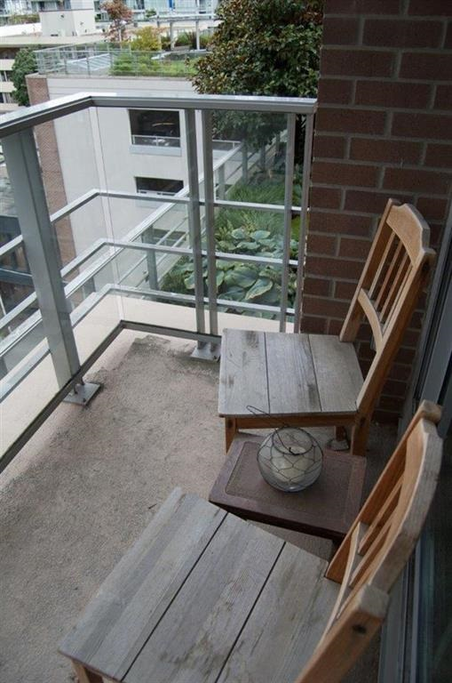 Condo Apartment at 608 565 SMITHE STREET, Unit 608, Vancouver West, British Columbia. Image 15