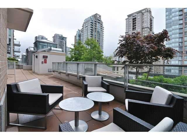 Condo Apartment at 608 565 SMITHE STREET, Unit 608, Vancouver West, British Columbia. Image 18