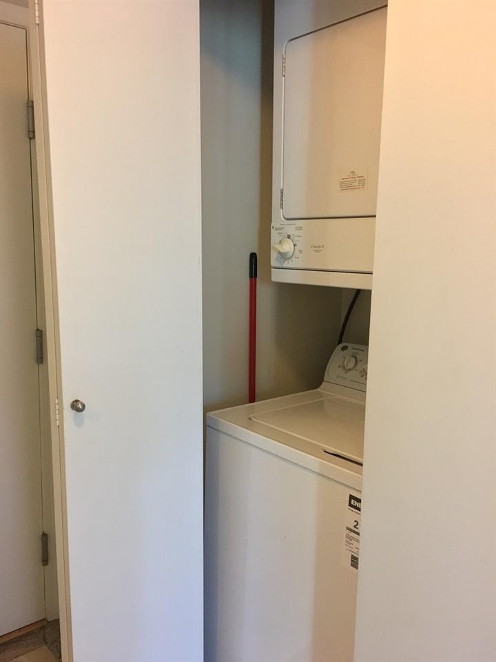 Condo Apartment at 1508 1367 ALBERNI STREET, Unit 1508, Vancouver West, British Columbia. Image 10