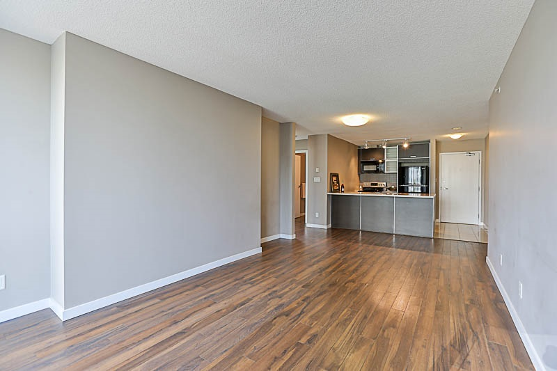Condo Apartment at 309 13688 100 AVENUE, Unit 309, North Surrey, British Columbia. Image 7
