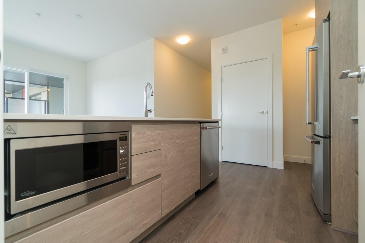 Condo Apartment at 411 4468 DAWSON STREET, Unit 411, Burnaby North, British Columbia. Image 6