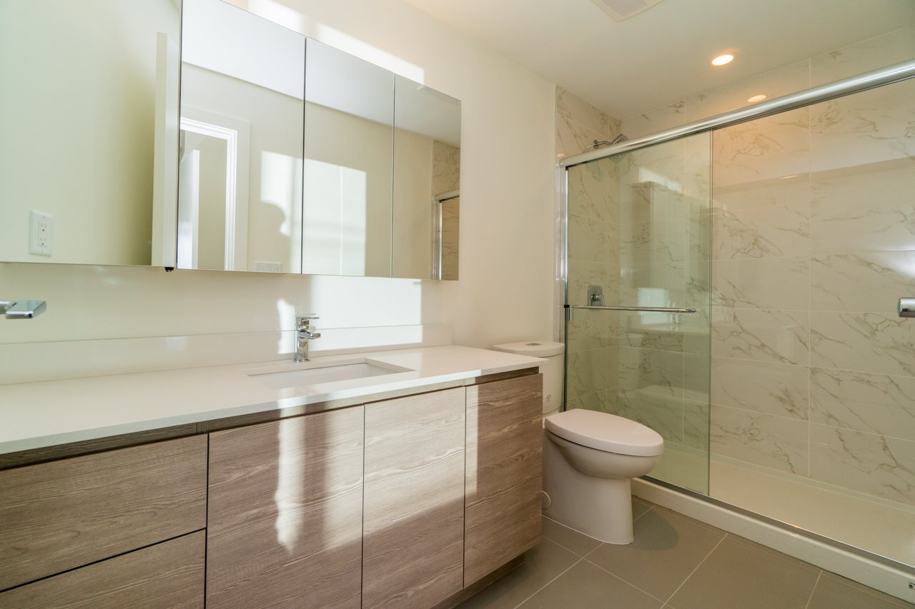 Condo Apartment at 411 4468 DAWSON STREET, Unit 411, Burnaby North, British Columbia. Image 13