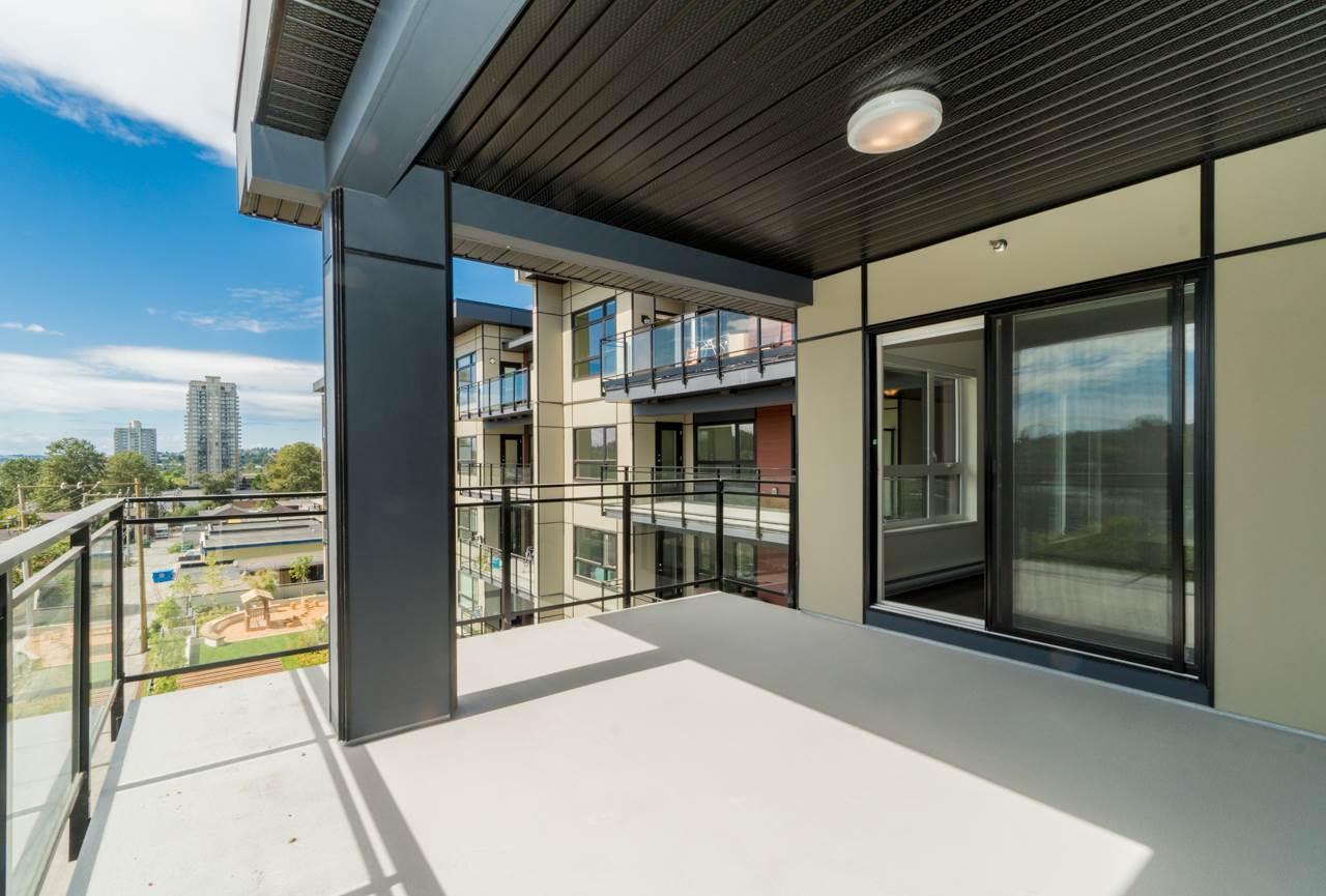 Condo Apartment at 411 4468 DAWSON STREET, Unit 411, Burnaby North, British Columbia. Image 15