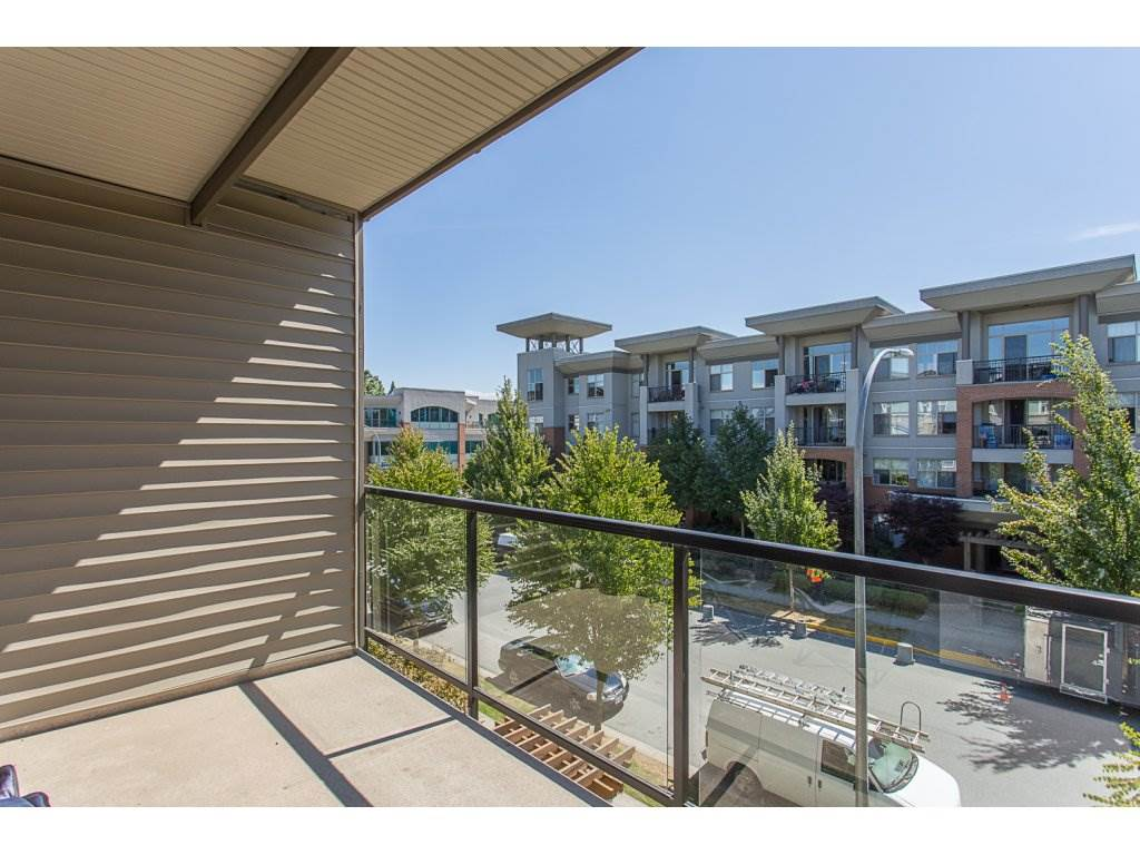 Condo Apartment at 309 33539 HOLLAND AVENUE, Unit 309, Abbotsford, British Columbia. Image 17