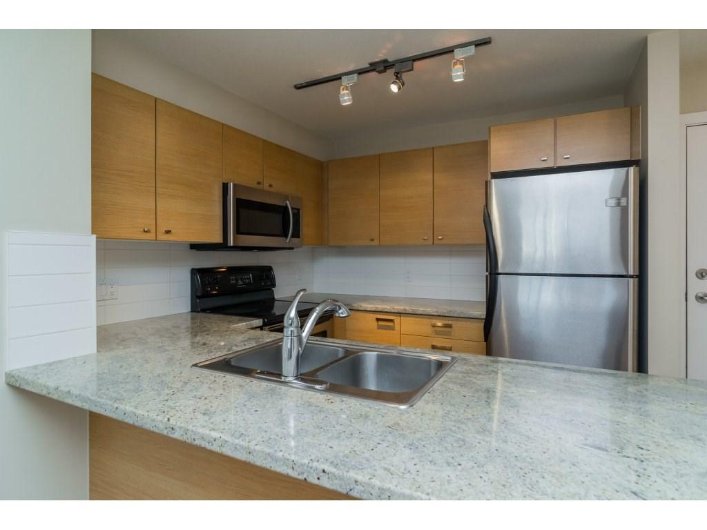 Condo Apartment at 203 6815 188TH STREET, Unit 203, Cloverdale, British Columbia. Image 5