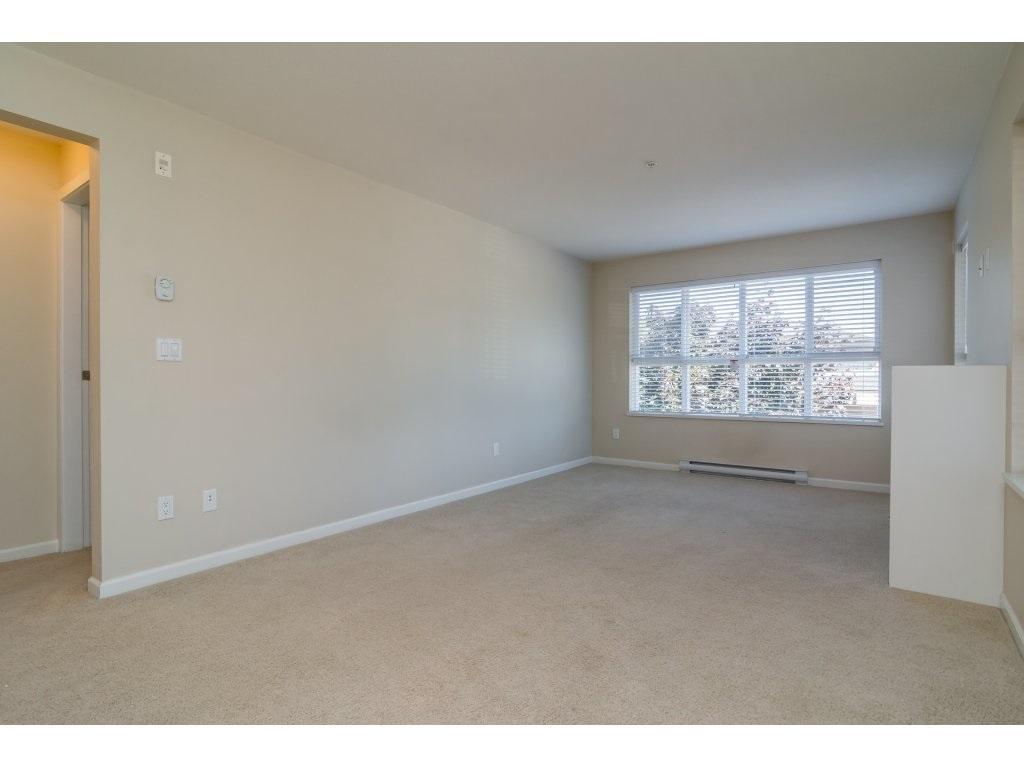 Condo Apartment at 203 6815 188TH STREET, Unit 203, Cloverdale, British Columbia. Image 9