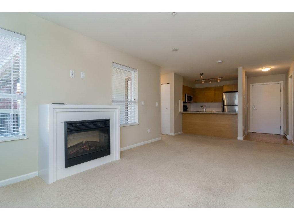 Condo Apartment at 203 6815 188TH STREET, Unit 203, Cloverdale, British Columbia. Image 10