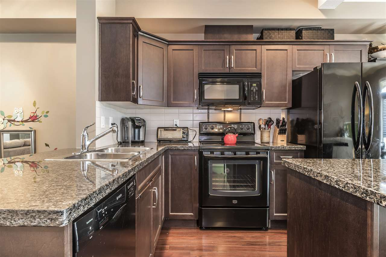 Townhouse at 20 20831 70 AVENUE, Unit 20, Langley, British Columbia. Image 12